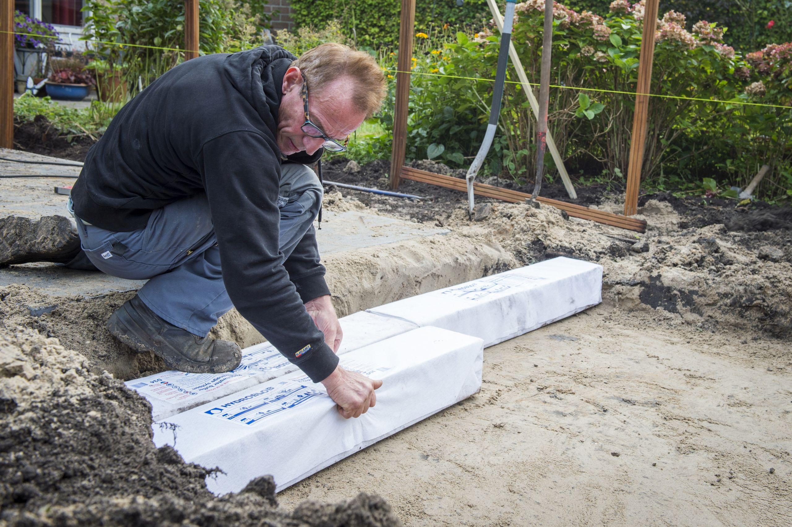 Hydroblob voor het bufferen en draineren van oppervlaktewater - Enorme terras ...